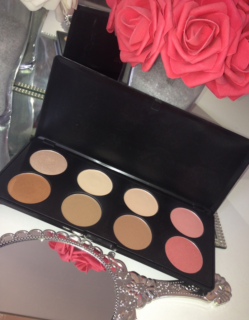 Swatch Ultimate Face Powder Palette, Max & More