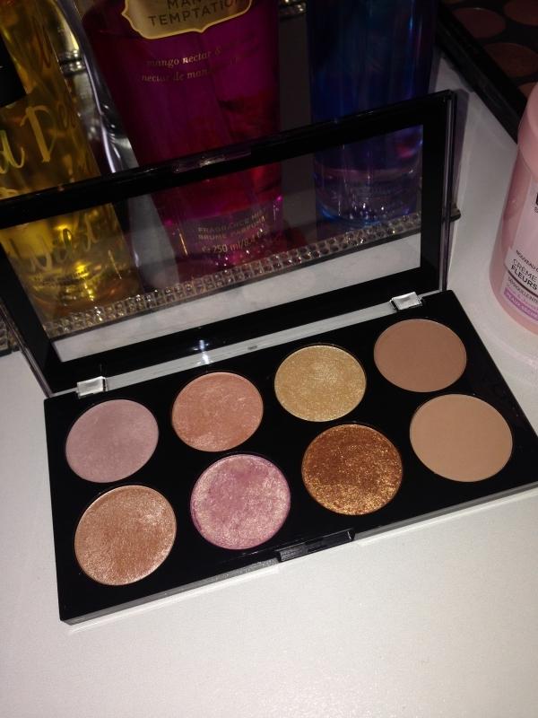 Swatch Palette, Makeup Revolution