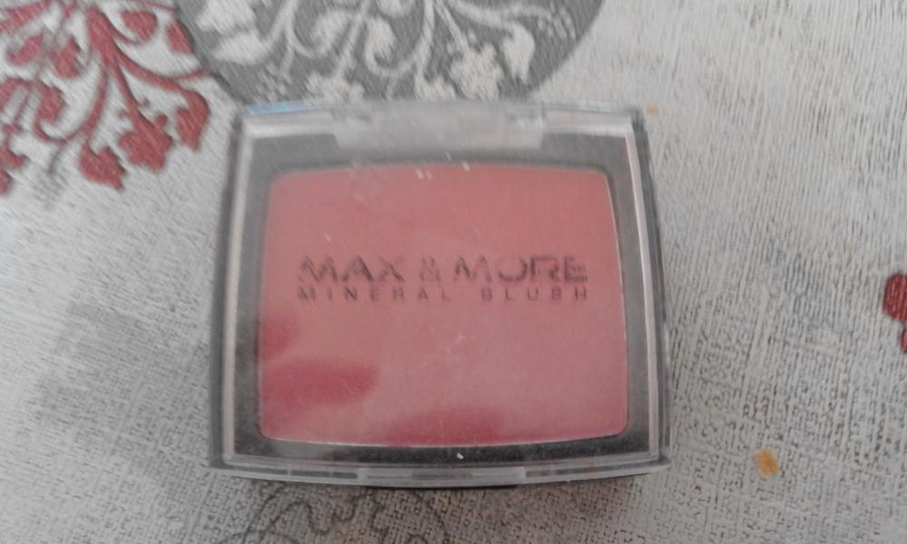 Swatch Blush rose, Max & More