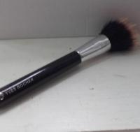 Swatch Pinceau contours - Les Accessoires Maquillage, Yves Rocher