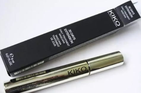 Swatch 30 Days Extension - Daily Treatment Mascara, Kiko
