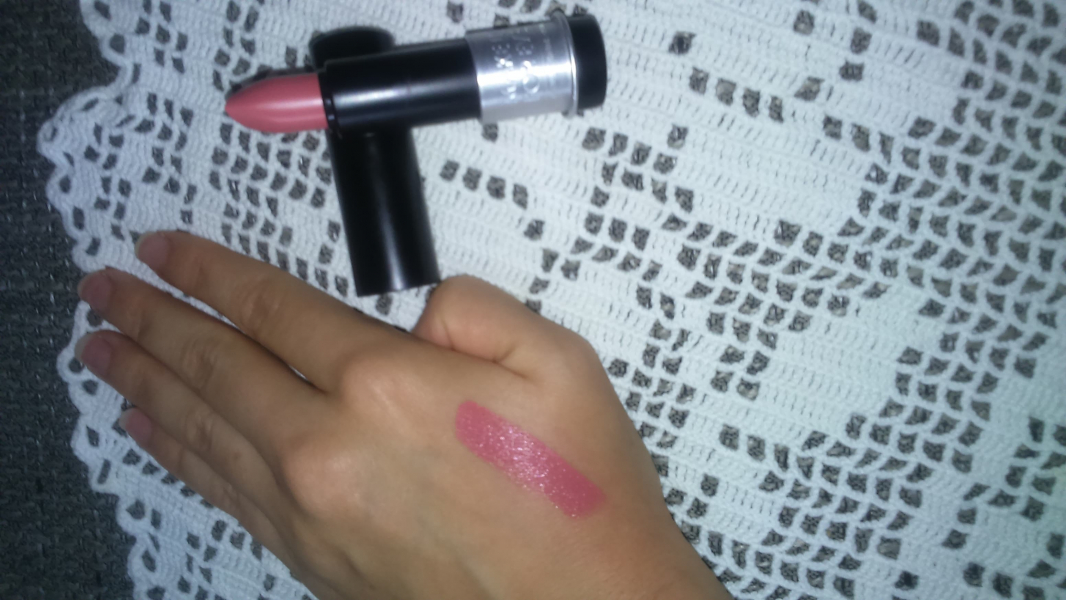 Swatch Artist Rouge - Rouge à lèvres, Make Up For Ever