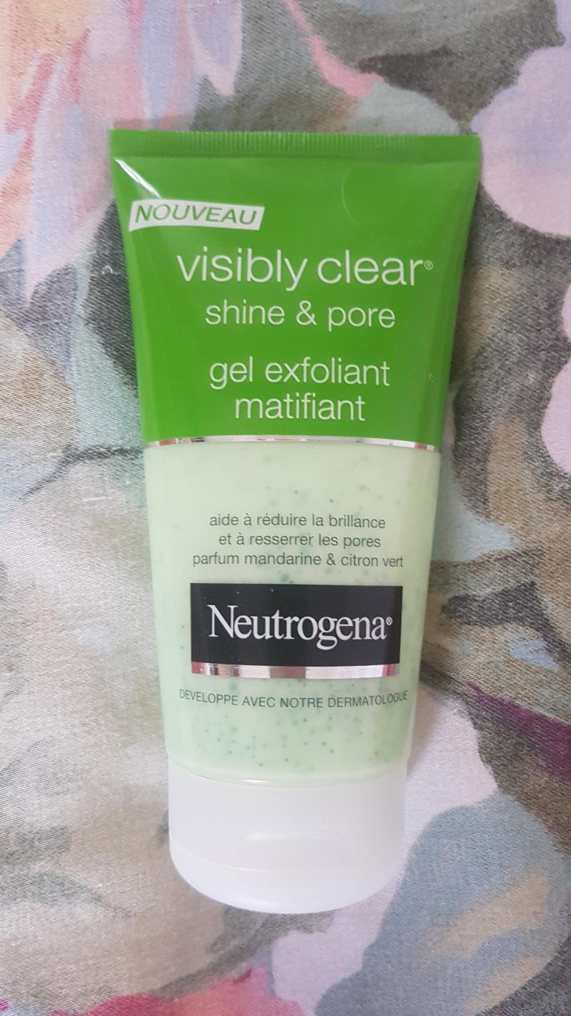 Swatch Gel Exfoliant Matifiant Visibly Clear Shine & Pore, Neutrogena
