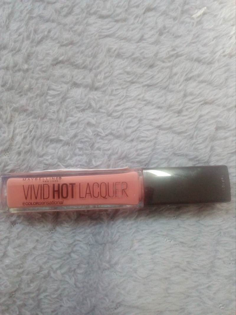 Swatch Vivid hot lacquer, Maybelline New York