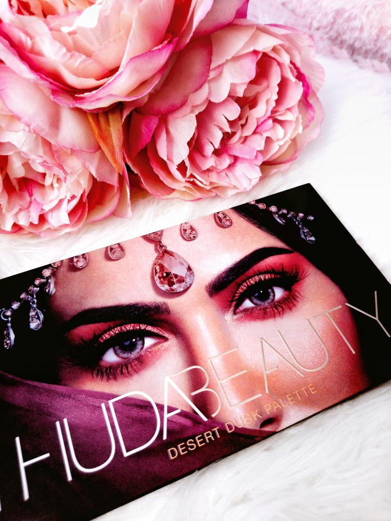 Swatch Desert Dusk Eyeshadow Palette - Palette de fards à paupières, Huda Beauty