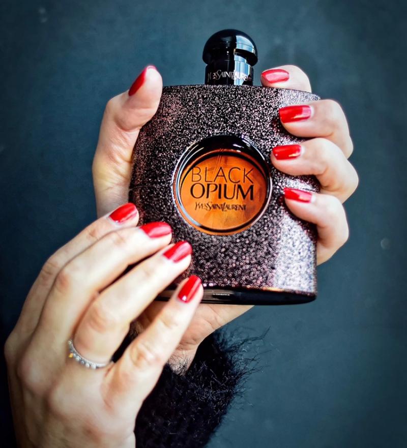 Swatch Black Opium Floral Shock, Yves Saint Laurent