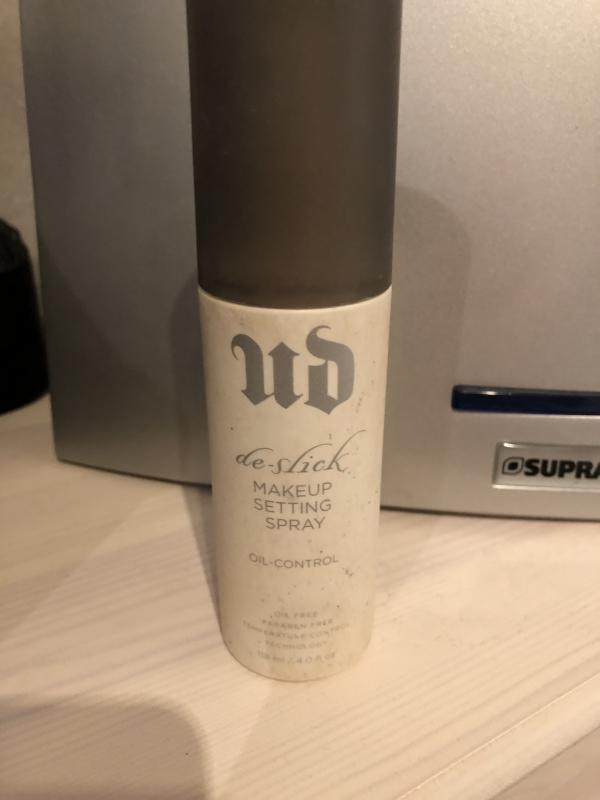 Swatch Spray Fixateur de Maquillage - Anti-Brillance De-Slick, Urban Decay
