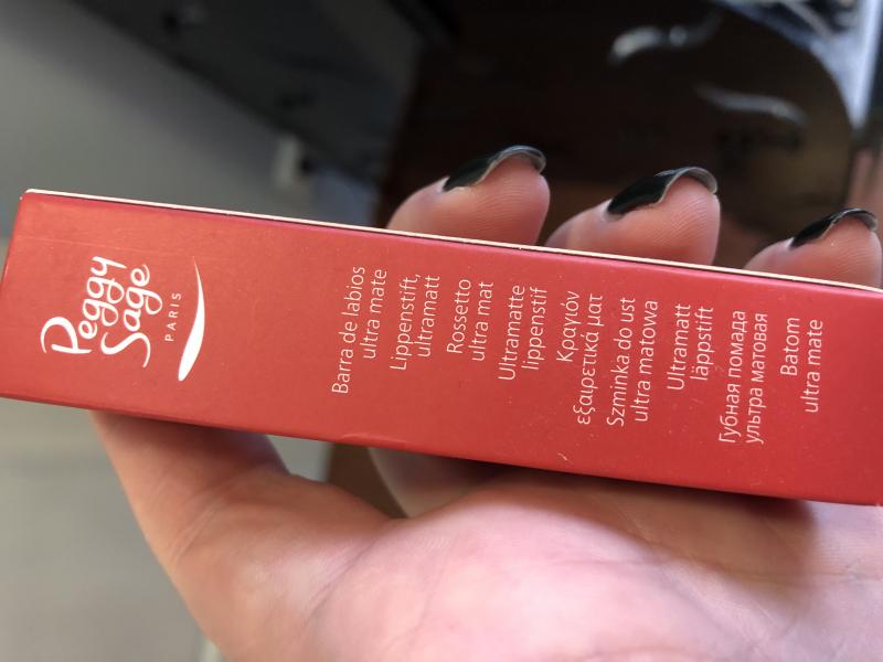 Swatch Rouge à lèvres Ultra Mat, Peggy Sage