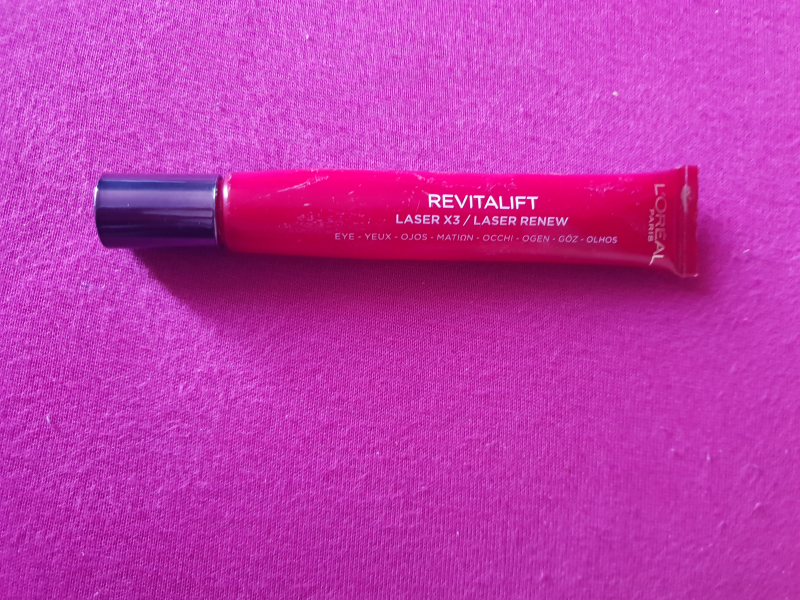 Swatch REVITALIFT LASER X3, L'Oréal Paris