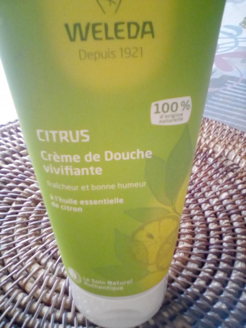 Swatch Crème de Douche au Citrus, Weleda