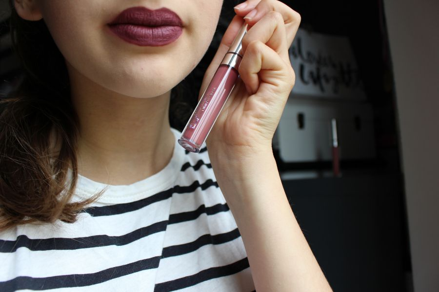 Swatch Ultra Matte Liquid Lipstick, Colour Pop