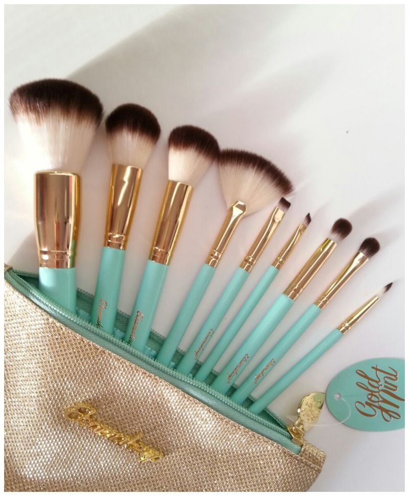 Swatch Gold mint kit, Elsamakeup