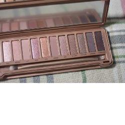 Swatch Naked 3 Palette, Urban Decay