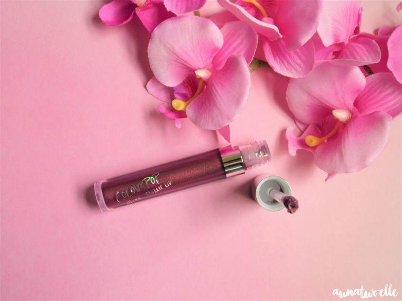 Swatch Ultra metallic lip, Colour Pop