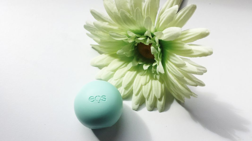 Swatch Baume à Lèvres Smoothie Sphere Lip Balm, Eos
