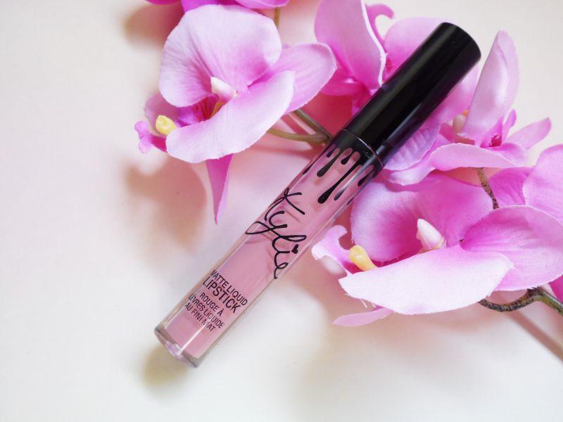 Swatch Matte Liquid Lipstick, Kylie Cosmetics