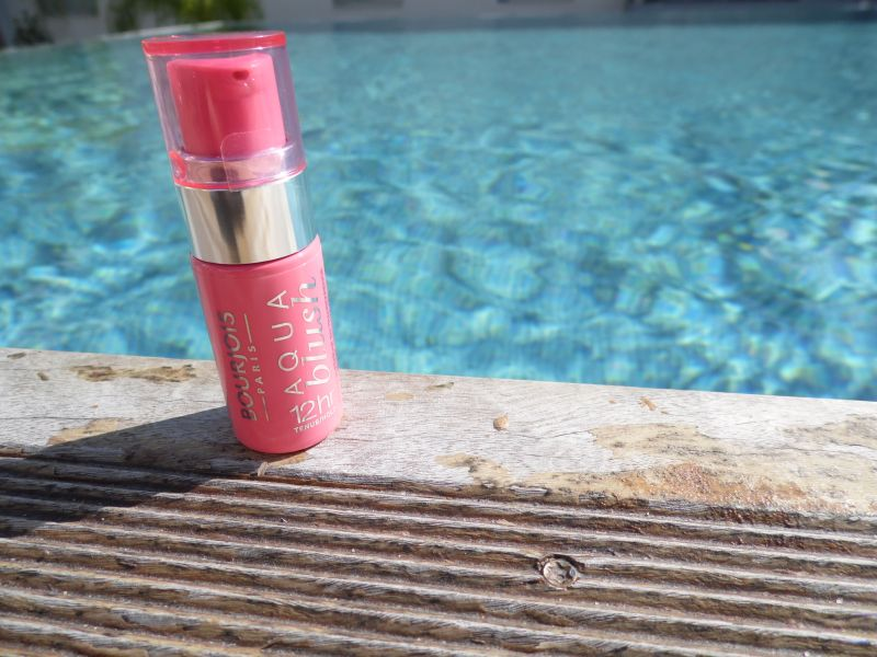 Swatch Aqua Blush, Bourjois