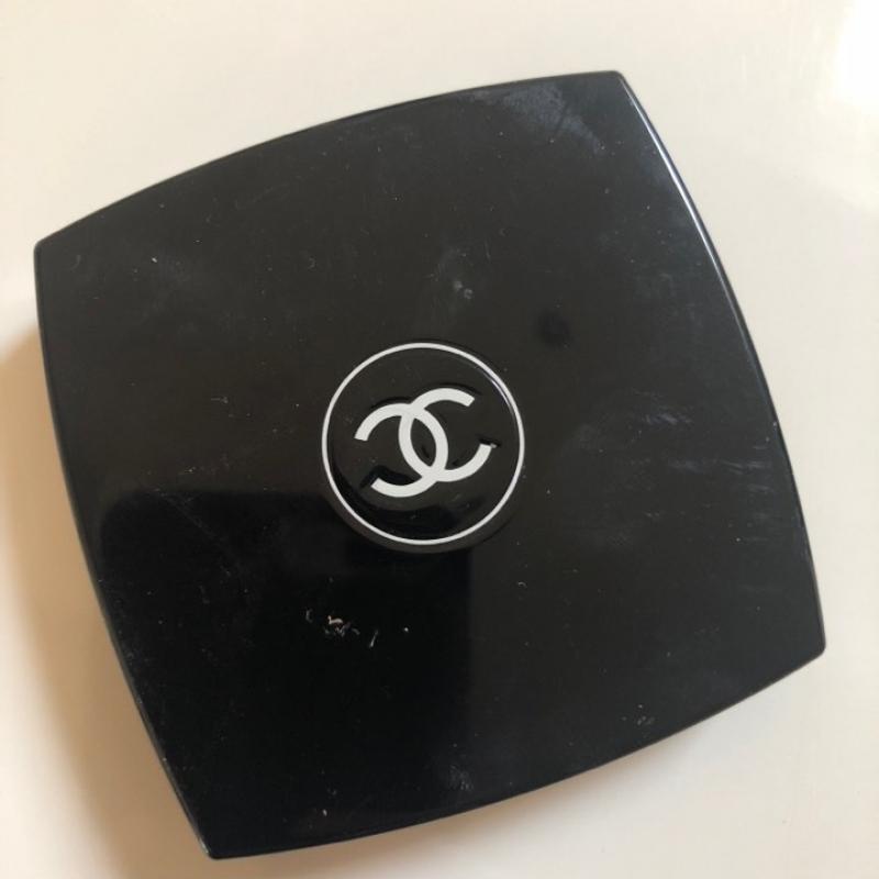 Swatch Joues Contraste Fard à Joues Poudre, Chanel