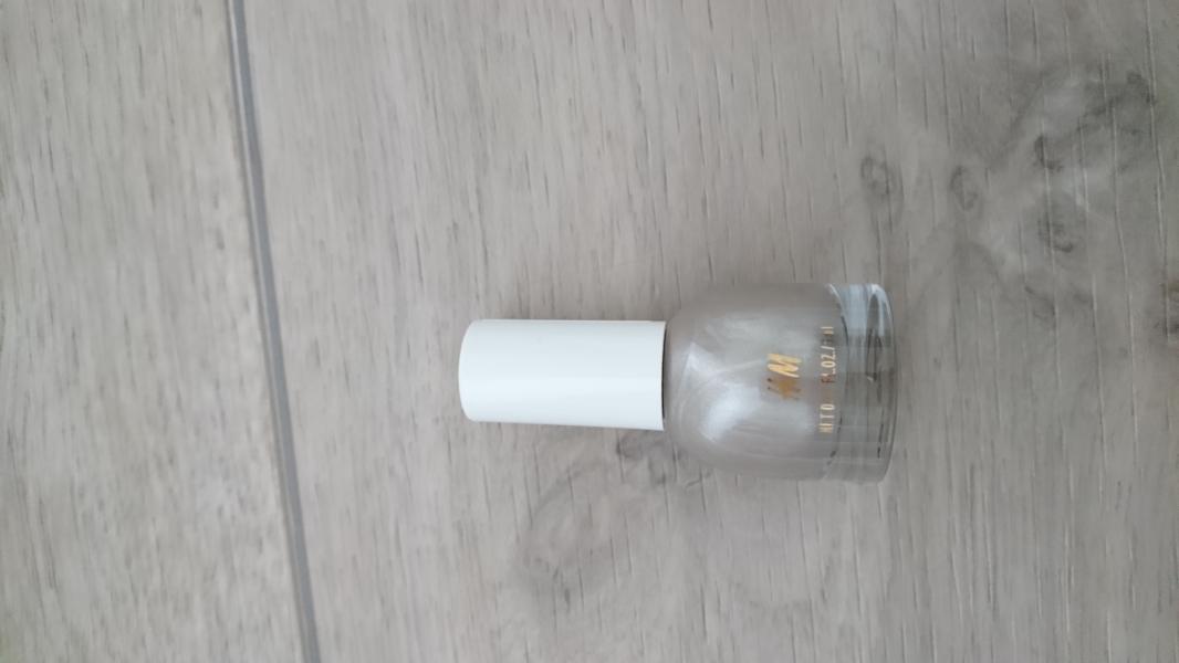Swatch Nail polish, H&M