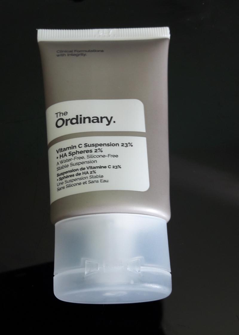 Swatch Vitamine C suspension 23%   HA speres 2%, The ordinary