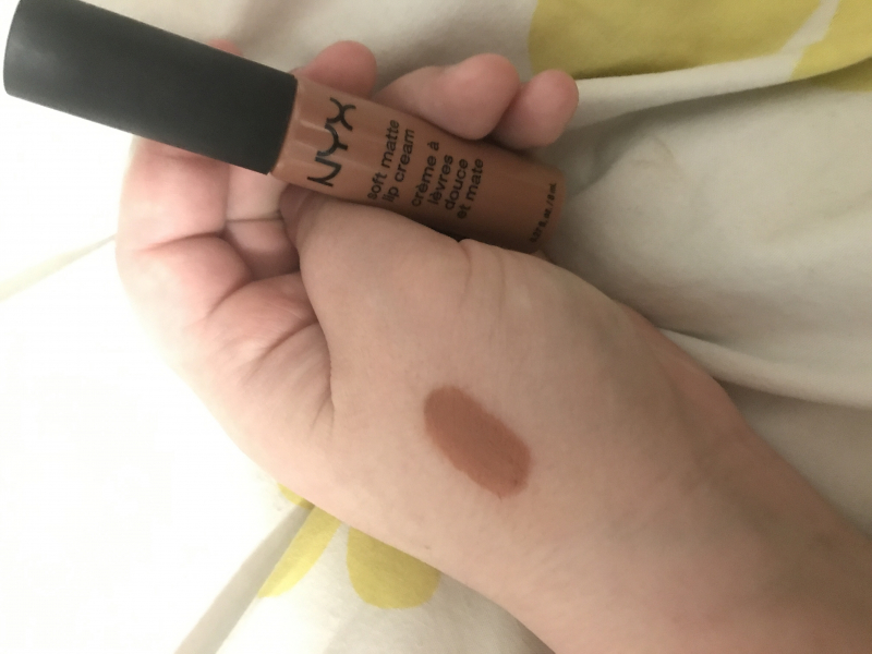 Swatch Soft matte lip cream, NYX