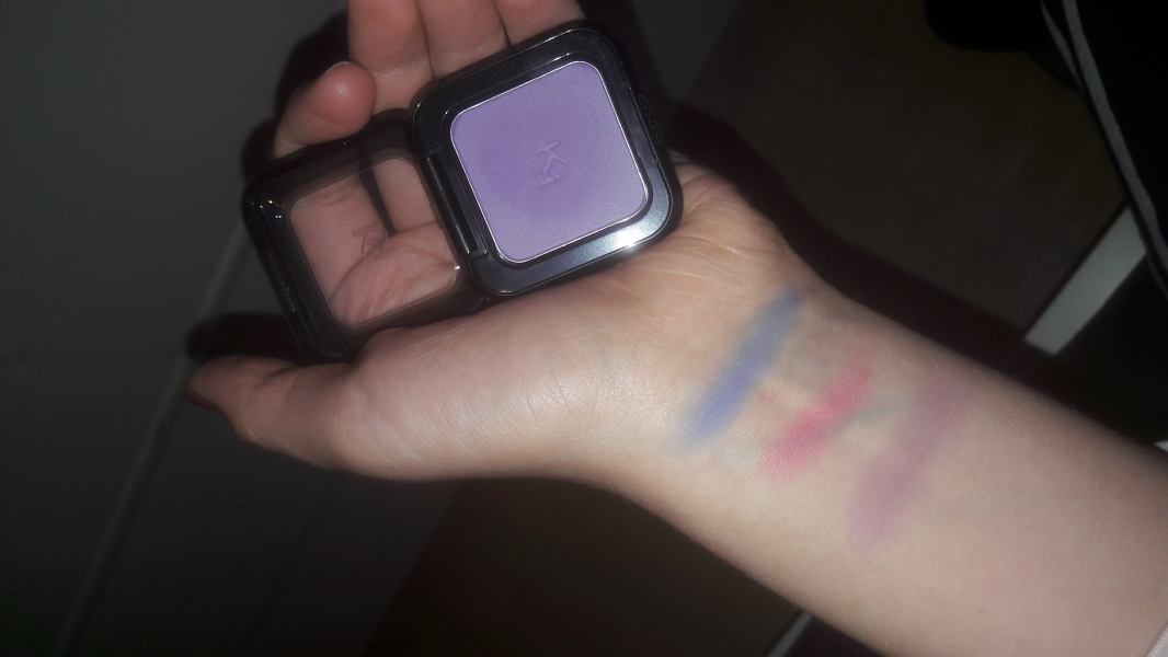 Swatch High Pigment Wet and Dry Eyeshadow, Kiko