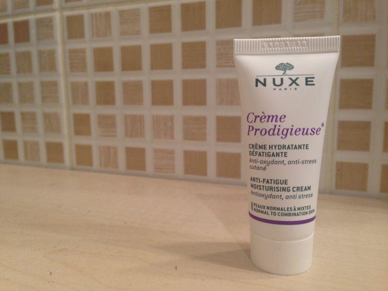 Swatch Crème Prodigieuse, Nuxe