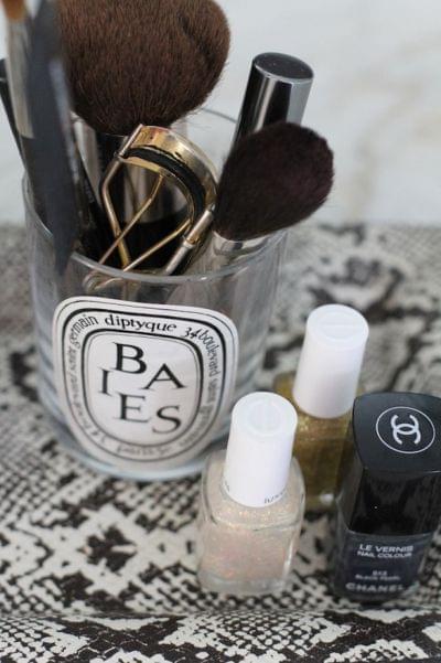 5 id es de rangement pour vos pinceaux de maquillage - Tour de rangement maquillage ...