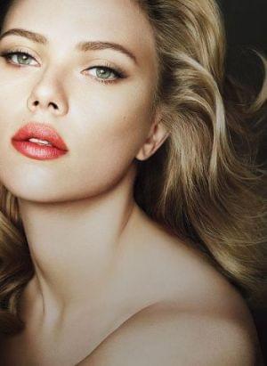 Comment maquiller les yeux verts - Maquillage blonde yeux vert ...