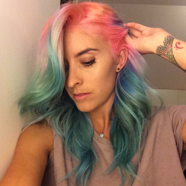 Tie and dye watermelon hair sur instagram