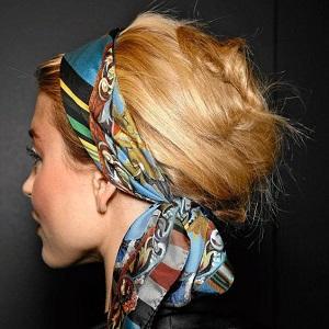 10 fa ons de nouer un foulard dans ses cheveux - Foulard pour cheveux tendance ...
