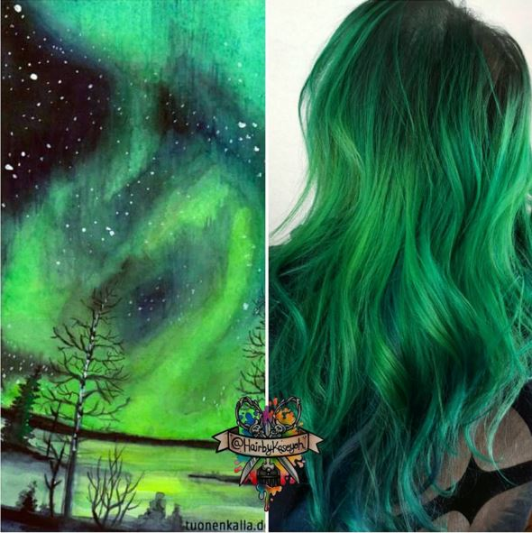des cheveux avec des couleurs vibrantes comme ces teintes de verts - Subtil Green Coloration