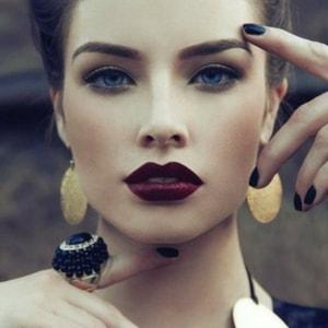 883cac760c3 Mettre ses lèvres en valeur quand on est brune