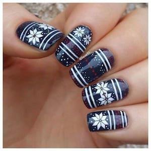 Les 10 plus beaux nail art de Noël à reproduire